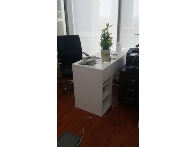 Desk space for rent with Ejari & Inspection (+971567937050)