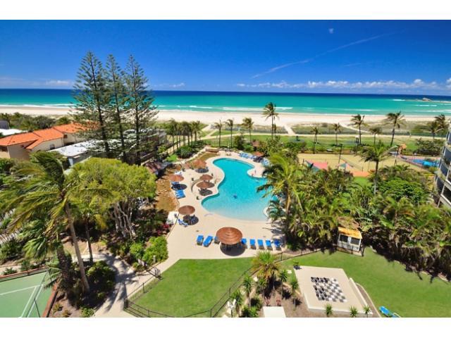 Gold Coast Waterfront Apartment Queensland