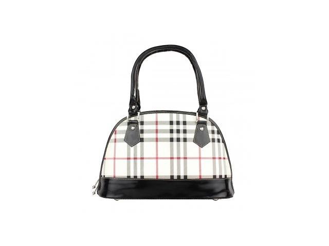 Flat 50% off on Attractive Handbags Online at IndiaRush
