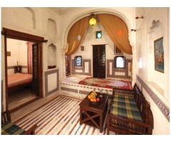 Revisit the colorful past of Rajasthan by staying in Mandawa Haveli