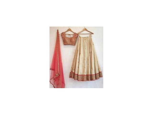 Mirraw Offers Women Traditional Wear At Best Price