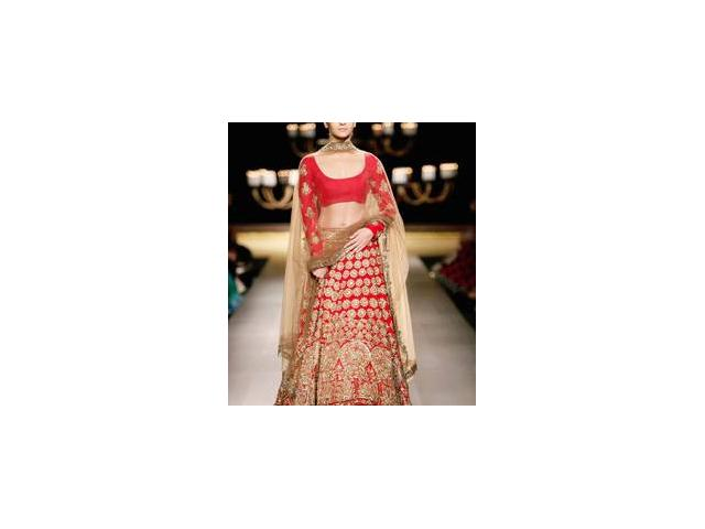 At Mirraw.com - Shop online red lehengas in cheap rate